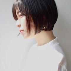 小顔 エレガント 上品 ショート ヘアスタイルや髪型の写真・画像