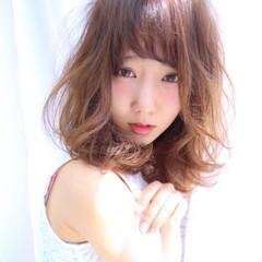 くせ毛風 透明感 大人かわいい ゆるふわ ヘアスタイルや髪型の写真・画像