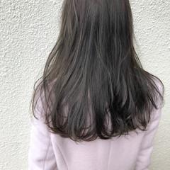 セミロング ダブルカラー グレージュ ブリーチ無し ヘアスタイルや髪型の写真・画像