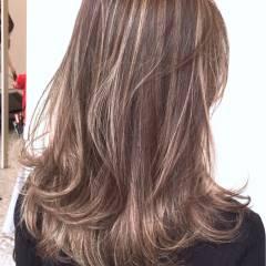 ハイライト 外国人風カラー ストリート セミロング ヘアスタイルや髪型の写真・画像