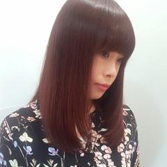 ピンク レッド リラックス 透明感 ヘアスタイルや髪型の写真・画像