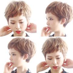 ベリーショート 小顔ショート 外国人風 ナチュラル ヘアスタイルや髪型の写真・画像