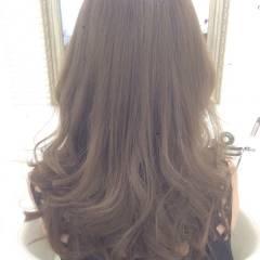ガーリー アッシュベージュ 渋谷系 ヘアスタイルや髪型の写真・画像