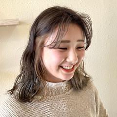 フェミニン ロング インナーカラー ヘアスタイルや髪型の写真・画像