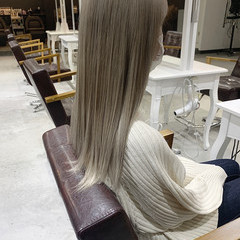 透明感カラー セミロング ナチュラル ベージュ ヘアスタイルや髪型の写真・画像
