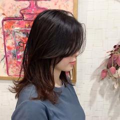 ロング ナチュラル 大人かわいい レイヤー ヘアスタイルや髪型の写真・画像