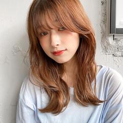 デジタルパーマ ベージュ くびれカール ミディアム ヘアスタイルや髪型の写真・画像