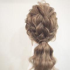 三つ編み 簡単ヘアアレンジ 大人かわいい ヘアアレンジ ヘアスタイルや髪型の写真・画像