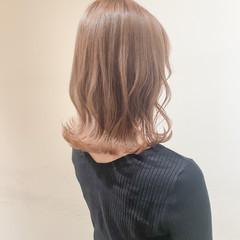 ミルクティーグレージュ ミルクティーブラウン 切りっぱなしボブ ナチュラル ヘアスタイルや髪型の写真・画像