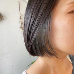 アッシュグレー ミニボブ ナチュラル ボブ ヘアスタイルや髪型の写真・画像