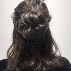 セミロング ハイライト ナチュラル グレージュ ヘアスタイルや髪型の写真・画像