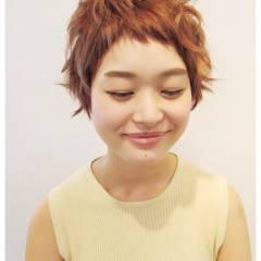 丸顔 ショート 大人かわいい ガーリー ヘアスタイルや髪型の写真・画像