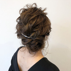 イルミナカラー ヘアアレンジ 上品 結婚式 ヘアスタイルや髪型の写真・画像