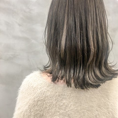外国人風カラー ミディアム イルミナカラー ミルクティーグレージュ ヘアスタイルや髪型の写真・画像