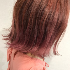 ピンク ヘアアレンジ 夏 ミディアム ヘアスタイルや髪型の写真・画像