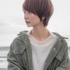 小顔ヘア ショートヘア 大人可愛い 秋冬ショート ヘアスタイルや髪型の写真・画像