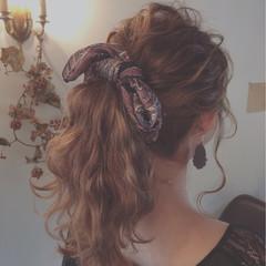 アッシュ ゆるふわ セミロング ヘアアクセ ヘアスタイルや髪型の写真・画像