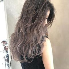 ハイライト 外国人風カラー グレージュ アッシュ ヘアスタイルや髪型の写真・画像