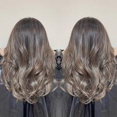 ロング エアータッチ エレガント 透明感カラー ヘアスタイルや髪型の写真・画像