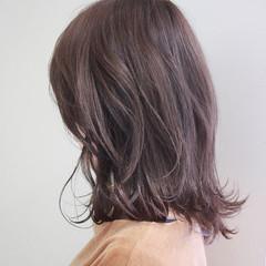 ボブ ロブ ベージュ 外ハネ ヘアスタイルや髪型の写真・画像