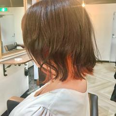 インナーカラー オレンジ ガーリー ブリーチカラー ヘアスタイルや髪型の写真・画像