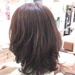 ナチュラル フェミニン ミディアム 3Dカラー ヘアスタイルや髪型の写真・画像