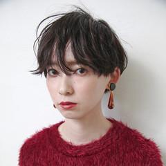 女子力 ショート グレージュ 暗髪 ヘアスタイルや髪型の写真・画像