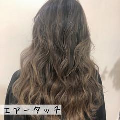 バレイヤージュ コントラストハイライト エレガント ブリーチ ヘアスタイルや髪型の写真・画像