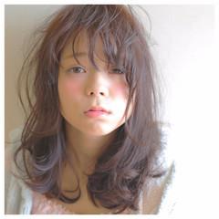 簡単 ガーリー セミロング 愛され ヘアスタイルや髪型の写真・画像
