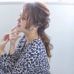 ロング ポニーテール ローポニーテール 簡単ヘアアレンジ ヘアスタイルや髪型の写真・画像