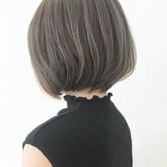 エレガント アッシュグレージュ ボブ 大人かわいい ヘアスタイルや髪型の写真・画像