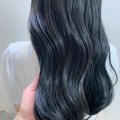 ブルーブラック ロングヘア ロング ナチュラル ヘアスタイルや髪型の写真・画像