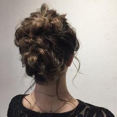 外国人風 簡単ヘアアレンジ ヘアアレンジ ナチュラル ヘアスタイルや髪型の写真・画像