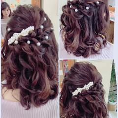 デート ハーフアップ セミロング 結婚式 ヘアスタイルや髪型の写真・画像