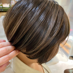 ハイライト ショートヘア ショートボブ 大人ハイライト ヘアスタイルや髪型の写真・画像