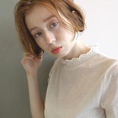 フェミニン 切りっぱなしボブ ミニボブ ブリーチ ヘアスタイルや髪型の写真・画像
