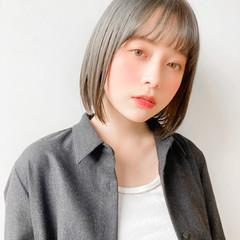 レイヤーヘアー ひし形シルエット 切りっぱなしボブ 鎖骨ミディアム ヘアスタイルや髪型の写真・画像