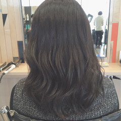 ブルージュ ナチュラル レイヤーカット パーマ ヘアスタイルや髪型の写真・画像