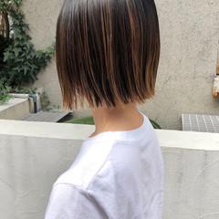 切りっぱなしボブ グラデーションカラー ハイライト バレイヤージュ ヘアスタイルや髪型の写真・画像