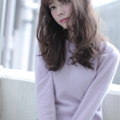 パーマ トレンド 外国人風 セミロング ヘアスタイルや髪型の写真・画像