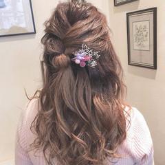 デート セミロング アンニュイほつれヘア ヘアアレンジ ヘアスタイルや髪型の写真・画像