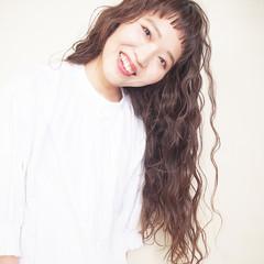 デート パーマ 前髪パッツン モテ髪 ヘアスタイルや髪型の写真・画像