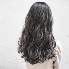 外国人風カラー アッシュ フェミニン ハイトーン ヘアスタイルや髪型の写真・画像