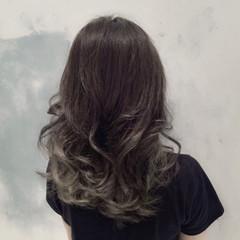 グラデーションカラー 外国人風 セミロング モード ヘアスタイルや髪型の写真・画像