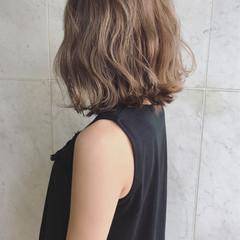 ウェーブ 外国人風カラー 上品 エレガント ヘアスタイルや髪型の写真・画像