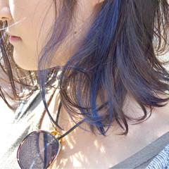 ブルー ボブ ネイビー 切りっぱなし ヘアスタイルや髪型の写真・画像