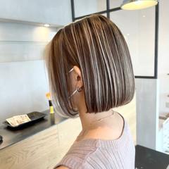 外国人風カラー コントラストハイライト グレージュ ママ ヘアスタイルや髪型の写真・画像