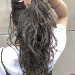 ナチュラル ハイライト ロング エフォートレス ヘアスタイルや髪型の写真・画像