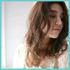セミロング パーマ 外国人風 大人かわいい ヘアスタイルや髪型の写真・画像