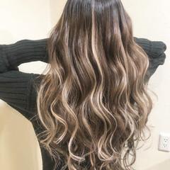 ハイライト モード エクステ ロング ヘアスタイルや髪型の写真・画像